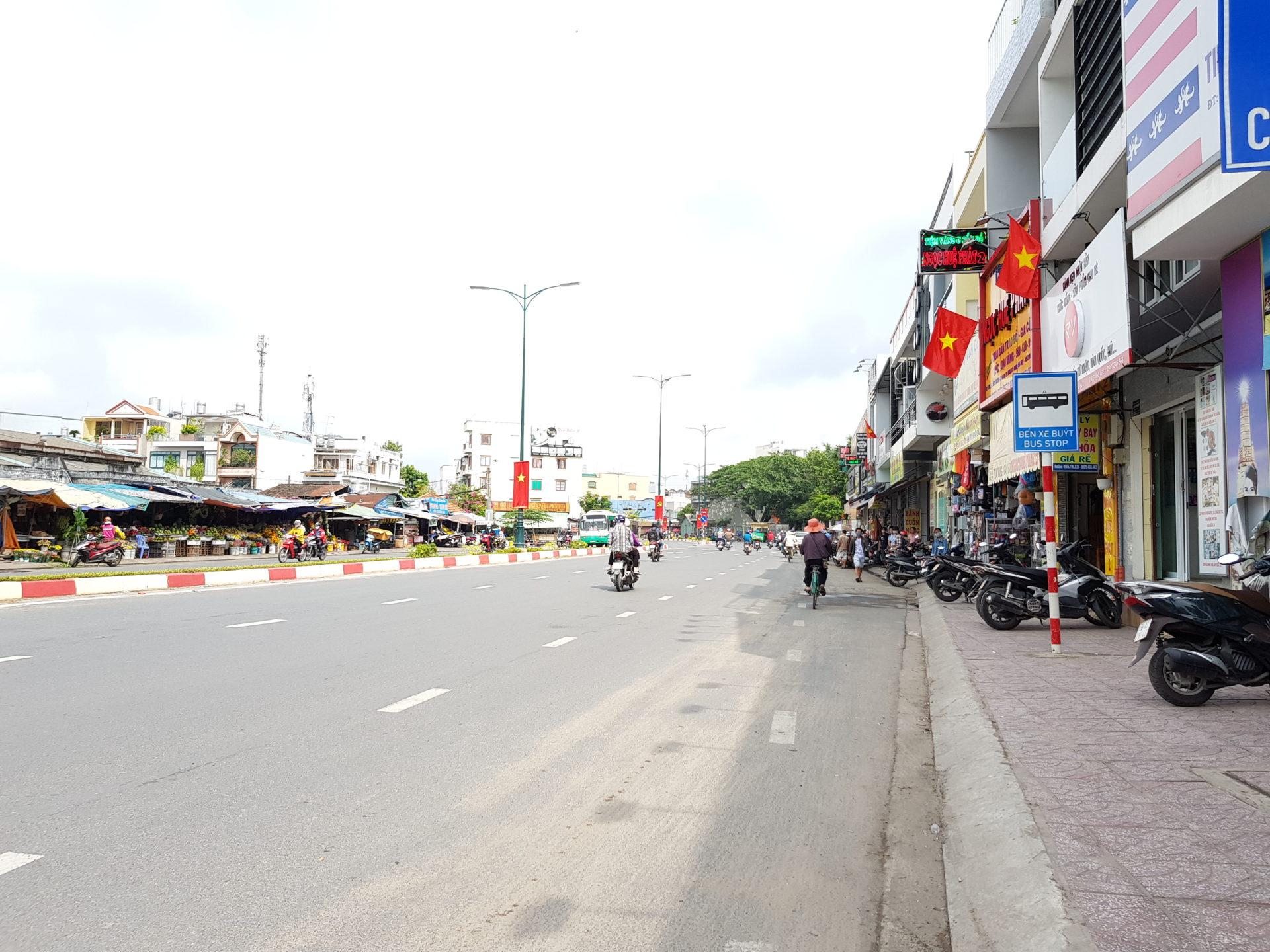 Đất Quận 9 Mặt Tiền Lã Xuân Oai DT Cực Đẹp 225m2 (10×22,5) Gần Chợ Tăng Nhơn Phú A, Giáp Lê Văn Việt.