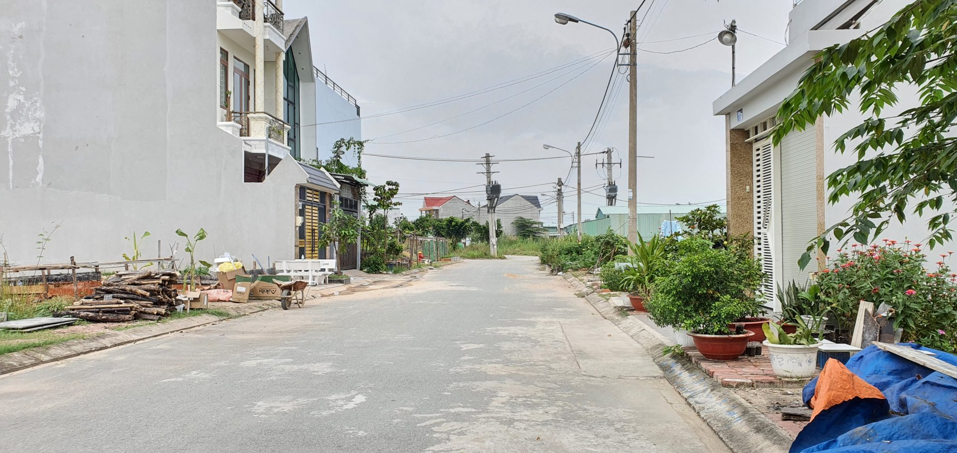 Bán Đất Phú Hữu Quận 9 Vị trí gần Đại Học FPT, ĐH FullBright, DT 71m2, đường 10m, 1 xẹt Bưng Ông Thoàn